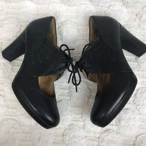 Clarks Black Flyrt Dally Leather Lace Up Heels